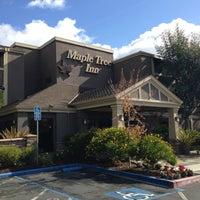 Photo taken at Maple Tree Inn by Kazuaki K. on 10/24/2012