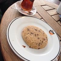 10/3/2014 tarihinde Levo M.ziyaretçi tarafından Gloria Jean's Coffees'de çekilen fotoğraf