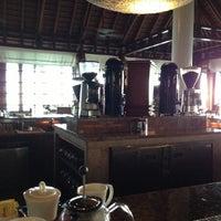 Photo taken at One & Only Reethi Rah Restaurant by Vladimir M. on 11/22/2012