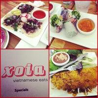 Foto scattata a Xoia Vietnamese Eats da Mikaela I. il 8/5/2012