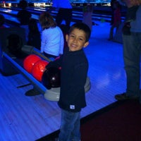 Photo taken at Prime Time Bowling by Maria Camila P. on 3/31/2012