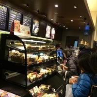 Photo taken at Starbucks by Hiroshi I. on 3/30/2014