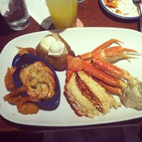 Photo taken at Red Lobster by Lucile Á. on 2/17/2013
