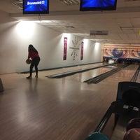 Photo taken at inci sitesi bowling salonu by Ali R. on 10/14/2016
