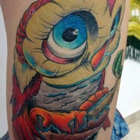 Photo taken at Novo Estudio Bala Tattoo e Piercing by Claudia S. on 2/11/2014