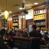 11/25/2013 tarihinde Ross G.ziyaretçi tarafından Potbelly Sandwich Shop'de çekilen fotoğraf