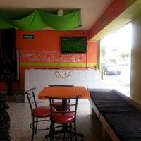 Photo taken at Tabu Wings by Gustavo P. on 6/15/2013