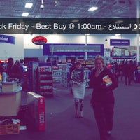Photo taken at Best Buy by Eng. Yazeed on 11/28/2014