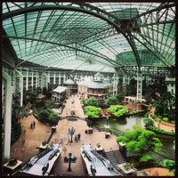 Photo taken at Gaylord Opryland Resort & Convention Center by MARIO P. on 5/22/2013
