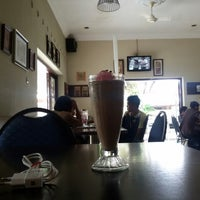 Photo taken at Coffee Cangkir by Puspa Y. on 9/3/2014