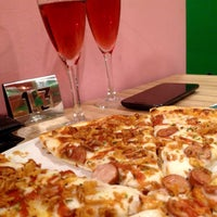 Снимок сделан в La Mejicana Pizzeria Taquería пользователем Francisco S. 12/27/2015
