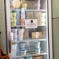 8/25/2018にRDWがVan Leeuwen Ice Creamで撮った写真