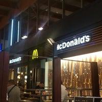 Photo taken at McDonald's by Jordi P. on 8/6/2014