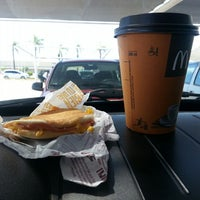 Photo taken at McDonald's by Vanesa S. on 12/23/2013