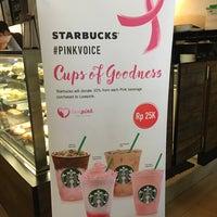 10/1/2017 tarihinde Sakura L.ziyaretçi tarafından Starbucks'de çekilen fotoğraf