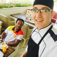 5/24/2017 tarihinde Yekta E.ziyaretçi tarafından Ramada Hotel & Suites Kemalpaşa'de çekilen fotoğraf