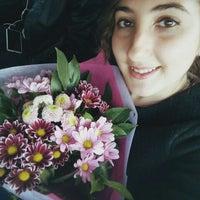 Photo taken at Belgraes Flowers by Aslı Ü. on 5/8/2016