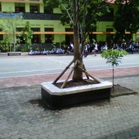 Photo taken at SMP Negeri 1 Malang by Agus H. on 12/18/2012