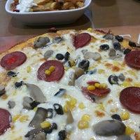 Photo taken at Sultan Pizza&Yemek&Izgara by Nalan G. on 5/16/2016