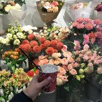 Photo taken at Espresso Holic in 29 Flowers by Lutsenko E. on 11/3/2017