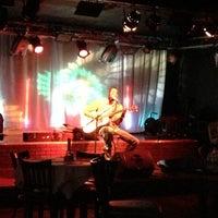 Das Foto wurde bei Ned Devine's Irish Pub & Sports Bar von Emily B. am 11/14/2012 aufgenommen