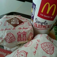 Photo taken at McDonald's by Kaka Y. on 3/25/2016