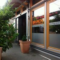 Das Foto wurde bei Restaurant Mustang von Frank R. am 7/19/2013 aufgenommen