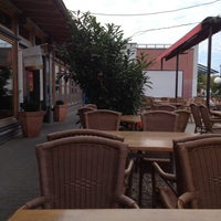 Das Foto wurde bei Restaurant Mustang von Frank R. am 10/1/2012 aufgenommen