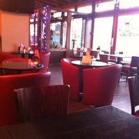Das Foto wurde bei Restaurant Mustang von Frank R. am 12/20/2012 aufgenommen