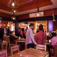 Foto tomada en Kinky Bar por Kinky Bar el 10/25/2013