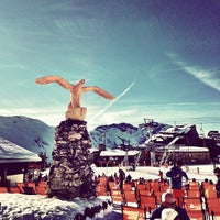 Photo taken at Le Yeti Avoriaz by Rory C. on 1/7/2013
