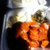 Foto scattata a Smokin' BBQ Rib Shack da Cowbell K. il 11/9/2012