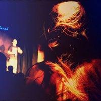Foto tomada en Clan Cabaret por Clan Cabaret el 10/15/2013