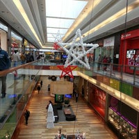 Photo taken at Nosso Shopping by Tony Bessa B. on 12/31/2013