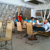 Foto tomada en El 9 Restaurante Lounge Yucateco por الإطار ي. el 6/29/2014