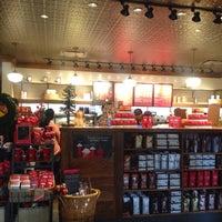 Photo taken at Starbucks by Ana C. on 11/10/2013