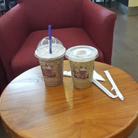 Photo taken at The Coffee Bean & Tea Leaf by Calvin C. on 6/3/2014