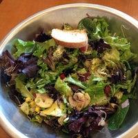 Foto tirada no(a) Salata por A.J. G. em 5/31/2014