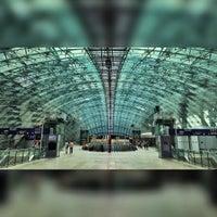 Photo taken at Frankfurt Airport Int'l Railway Station by Gabi H. on 7/19/2015