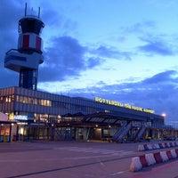 Das Foto wurde bei Rotterdam The Hague Airport von Gabi H. am 6/13/2013 aufgenommen
