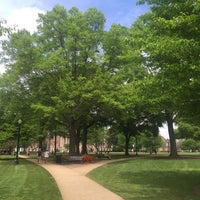 Foto diambil di The University of Alabama oleh Lucy A. pada 4/9/2015