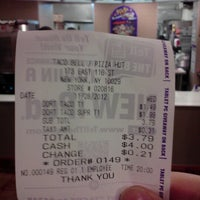 Photo taken at Taco Bell by Daniel R. on 11/28/2012