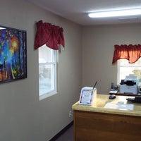 Photo taken at Modern Motel by Rusty W. on 4/22/2015