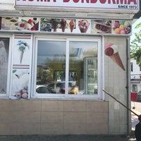 Das Foto wurde bei Ambarlı Roma Dondurma von Deniz A. am 4/28/2018 aufgenommen