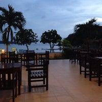 Photo taken at Kaw Kwang Beach Resort by Borisova on 11/19/2014