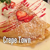 Photo taken at Crepe Town by American Business Language Academy C. on 11/30/2012