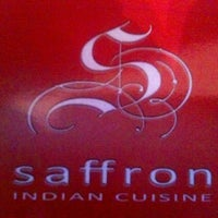 Photo prise au Saffron Indian Cuisine par Matt R. le2/2/2013