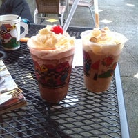 Photo taken at Coffee cup plaza merliot by Melvin M. on 10/28/2013