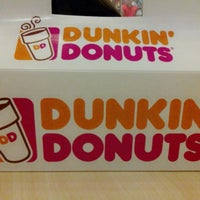 Photo taken at Dunkin' Donuts by Via T. on 12/27/2014