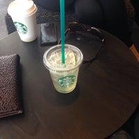 4/14/2015 tarihinde Neslihan Y.ziyaretçi tarafından Starbucks'de çekilen fotoğraf